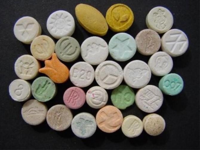 Прием амфетамина с анальгетиками