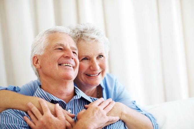 Картинки по запросу пожилые люди