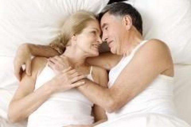 Сексуальная активность у мужчин до 40 лет разделяю