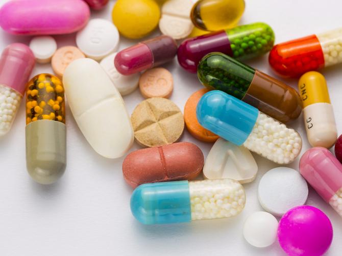 Можно ли употреблять при орз антибиотики и противовирусные вместе