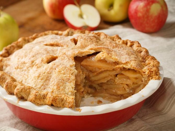 Лучшие рецепты яблочных пирогов: с сахаром и без