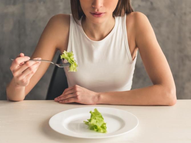 Вам не хватает калорий! 9 признаков недоедания