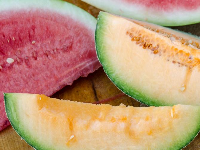 Как выбрать сладкую дыню или арбуз?
